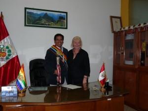 Mayor Edgar Miranda Quinones and Rita Verity